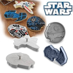Official Star Wars™ Vehicles Ship Cookie Cutter and Stamp Set